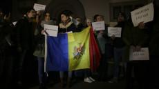 161114_protest_ambasada_moldovei_01_INQUAM_Octav_Ganea