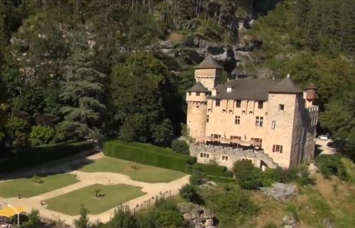 Vacanţe regale in Europa. Cat va costa sa petreceti o noapte in castele medievale