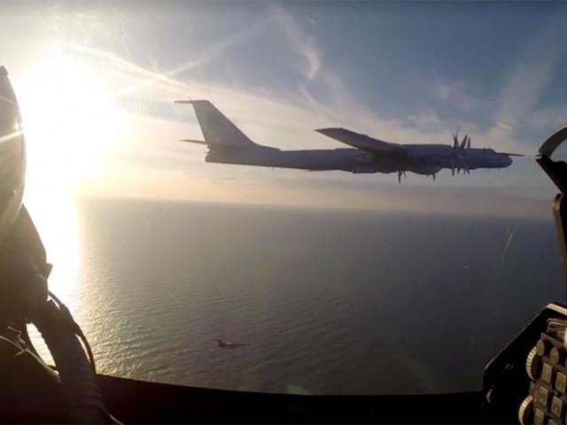 VIDEO. Bombardier rusesc depistat la granița baltică a NATO