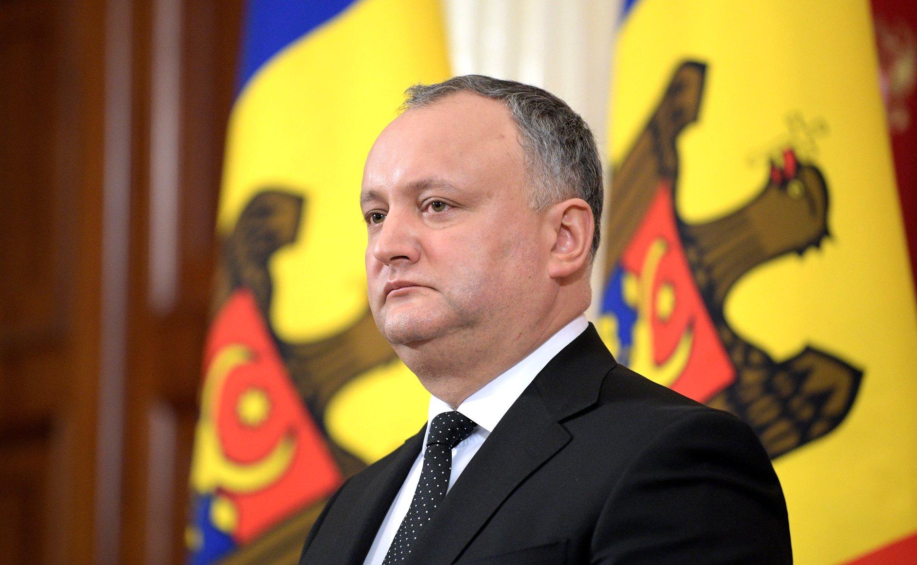 Chisinau. Liberalii vor sa il demita pe presedintele Dodon