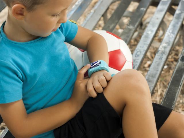 Germania a interzis smartwatch-urile pentru copii