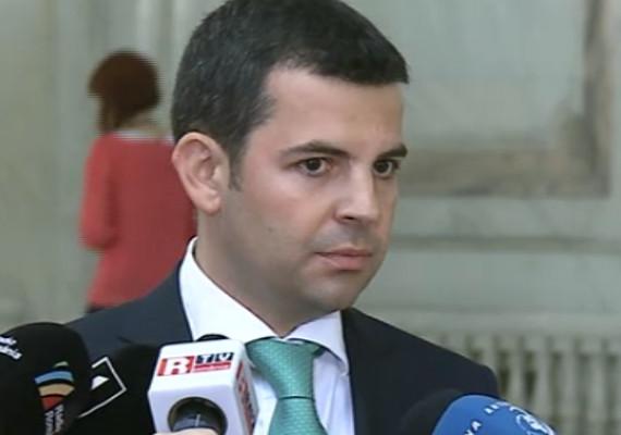 """Constantin a depus actele pentru """"Pro România"""". Demisii în bloc din..."""