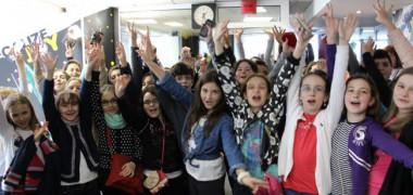la-radioo-scoala-altfel-la-profm-zeci-de-copii-au-ocupat-studioul