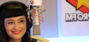 PROVOCAREA VEDETELOR: SUPERHIT din anii 2000, cântat de Irina Rimes într-un mare fel