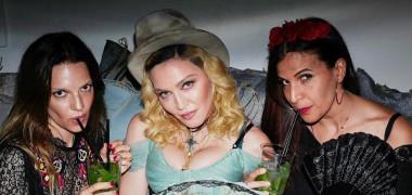 IMAGINI-WOW de la petrecerea Madonnei! Și-a serbat ziua în cel mai extravagant mod