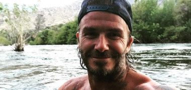 Cum a răspuns David Beckham la afirmaţia că a apelat la botox pentru...