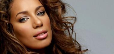 plastics Leona Lewis photo