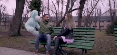 Parodie nouă de la Noaptea Târziu - Singur (Valentine's Day) | VIDEO