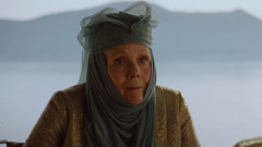 "Cum arăta în tinereţe Lady Olenna din ""Game of Thrones"": a fost una dintre fetele Bond !"