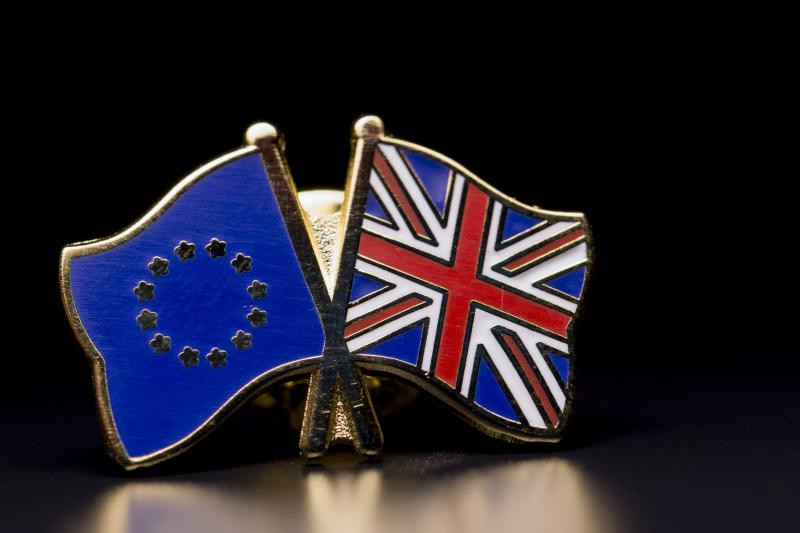 brexit steaguri mici GettyImages-516310132 1 -1