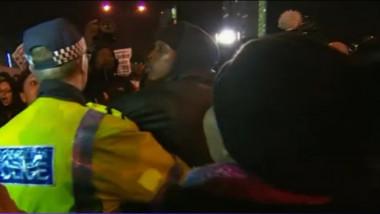 proteste londra negru