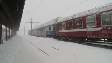 tren blocat 1