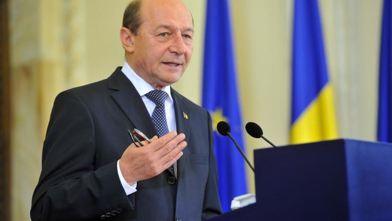 basescu explica - presidency