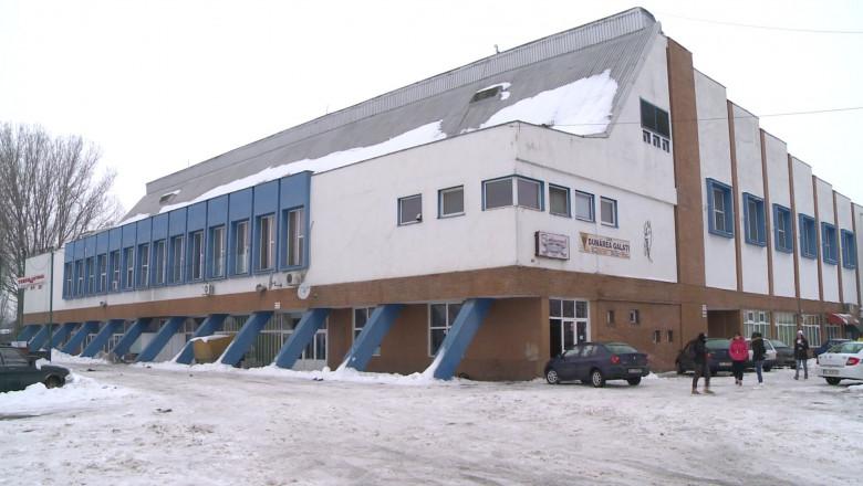 patinoar inchis