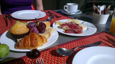 micul dejun wikipedia-1
