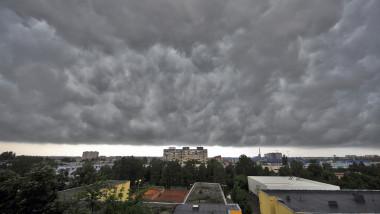 ploaie furtuna mediafax