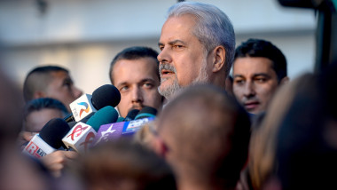 Adrian Nastase eliberat a doua oara din inchisoare - Mediafax Foto-Marius Dumbraveanu