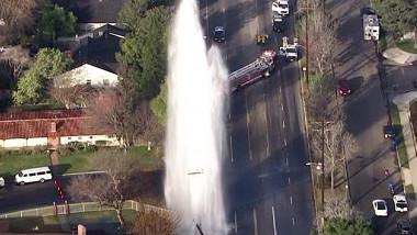 accident-hidrant-arteziana-california
