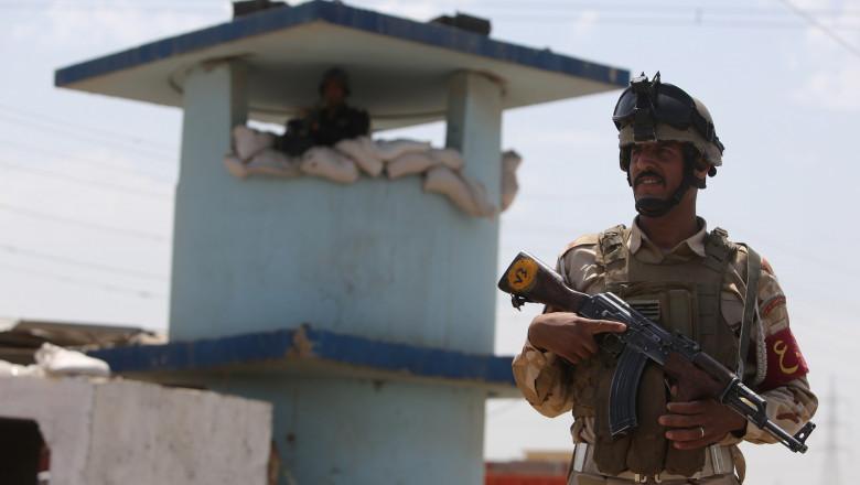 Soldat irakian-AFP Mediafax Foto-Ahmad AL-RUBAYE