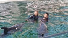delfini-constanta-dresori-facebook-delfinariu