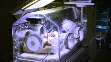 bebelusi maternitate spital incubator mediafax