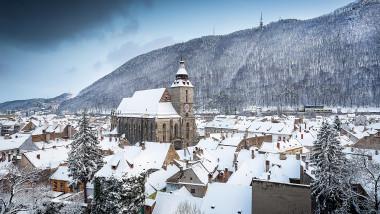 Biserica Neagra Brasov iarna-Mediafax Foto-Attila Szabo