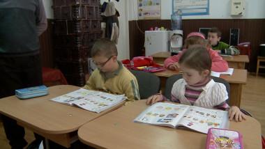 copii in clasa Hunedoara