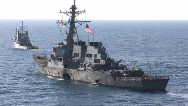 USS Cole wikipedia