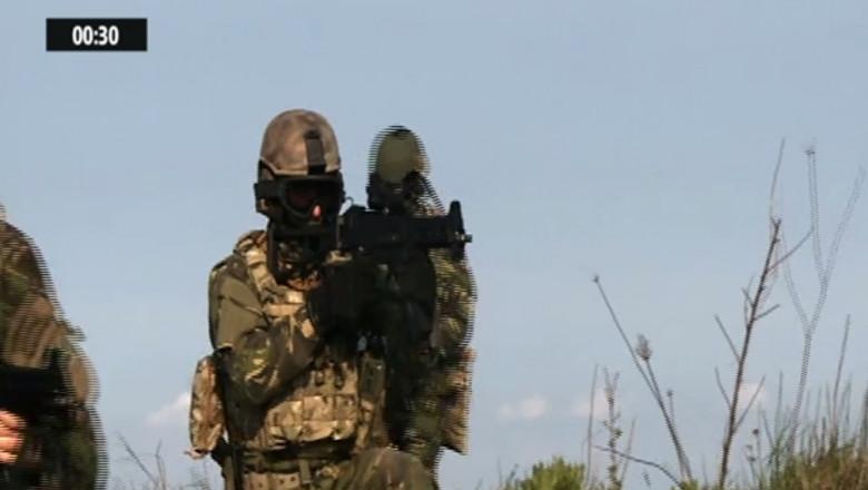soldati NATO crop
