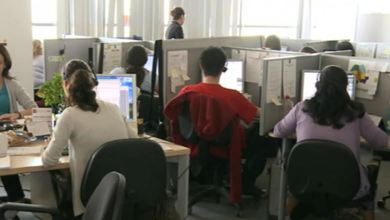 angajati birou