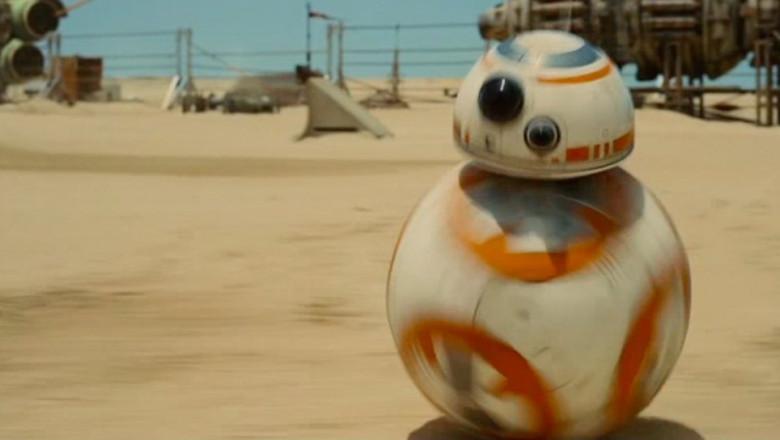 cute-droid-star-wars-episode-vii-trailer-3