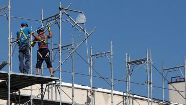 muncitori constructii mediafax