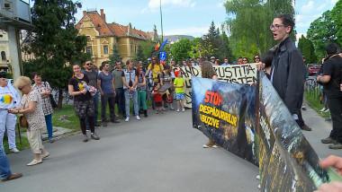 PROTEST PADURI