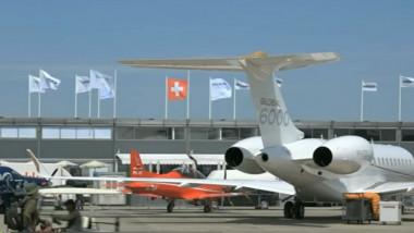 multe avioane