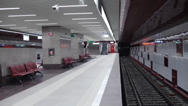 Jiului peron3