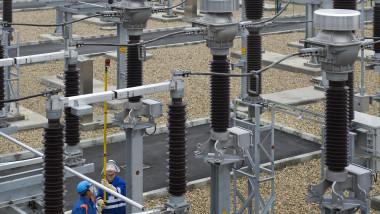 energie electrica stalpi retea - flickr enel 2 -1