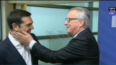 tsipras batut cu palma de juncker