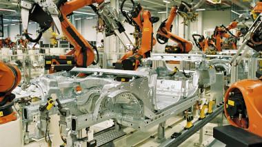 robot industrial 2 iulie