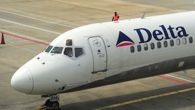 avion delta airlines mediafax