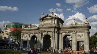 Puerta de Alcala madrid spania - GettyImages - 14 iulie 2015