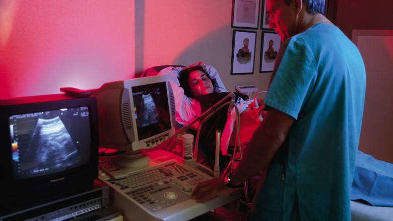 ecografie-gravida-GettyImages-3 iulie 15-1