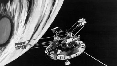 spatiu satelit planeta - gettyimages crop - 24 iulie 2015