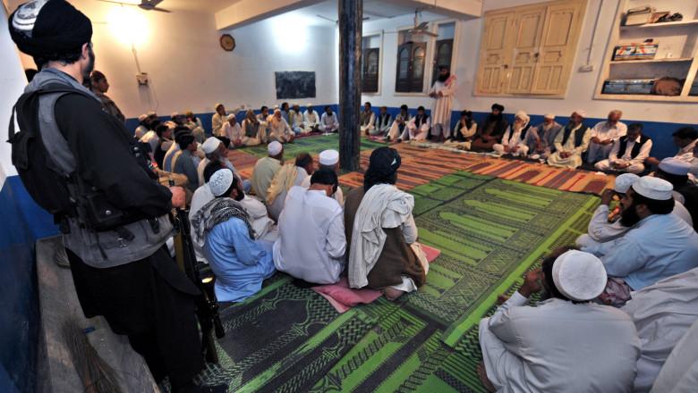 talibani pakistanezi la un consiliu mfax