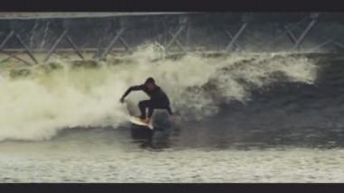centru de surfing artificial snowdonia carton digi24 captura 04-08-2015