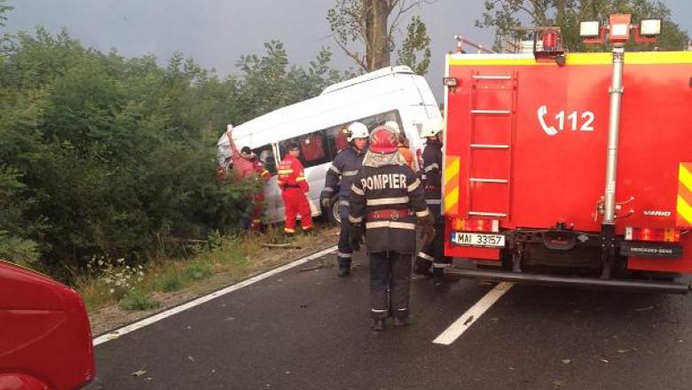accident masina SM copac cazut 3