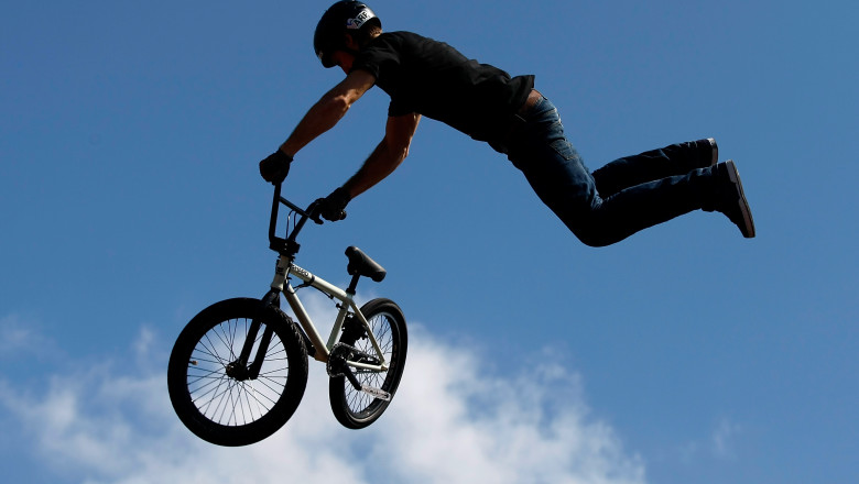 bmx bicicleta acrobatie - GettyImages - 2 august 15