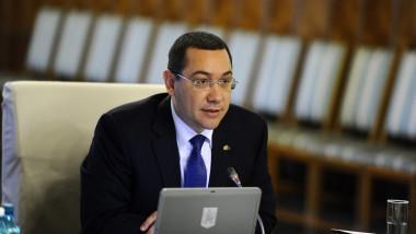 Economia României a crescut în trimestrul al II-lea cu doar 0,1% faţă de trimestrul I. Victor Ponta: Zic că nu e rău!