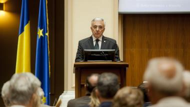 Guvernatorul BNR critică din nou Guvernul