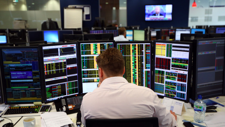 computere brusa - broker - GettyImages - 19 august 2015