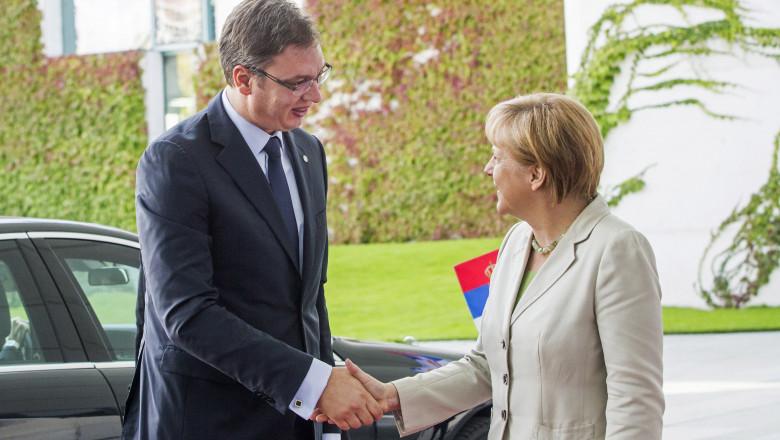 Aleksandar Vucic premier Serbia si Angela Merkel cancelar Germania GettyImages august 2015
